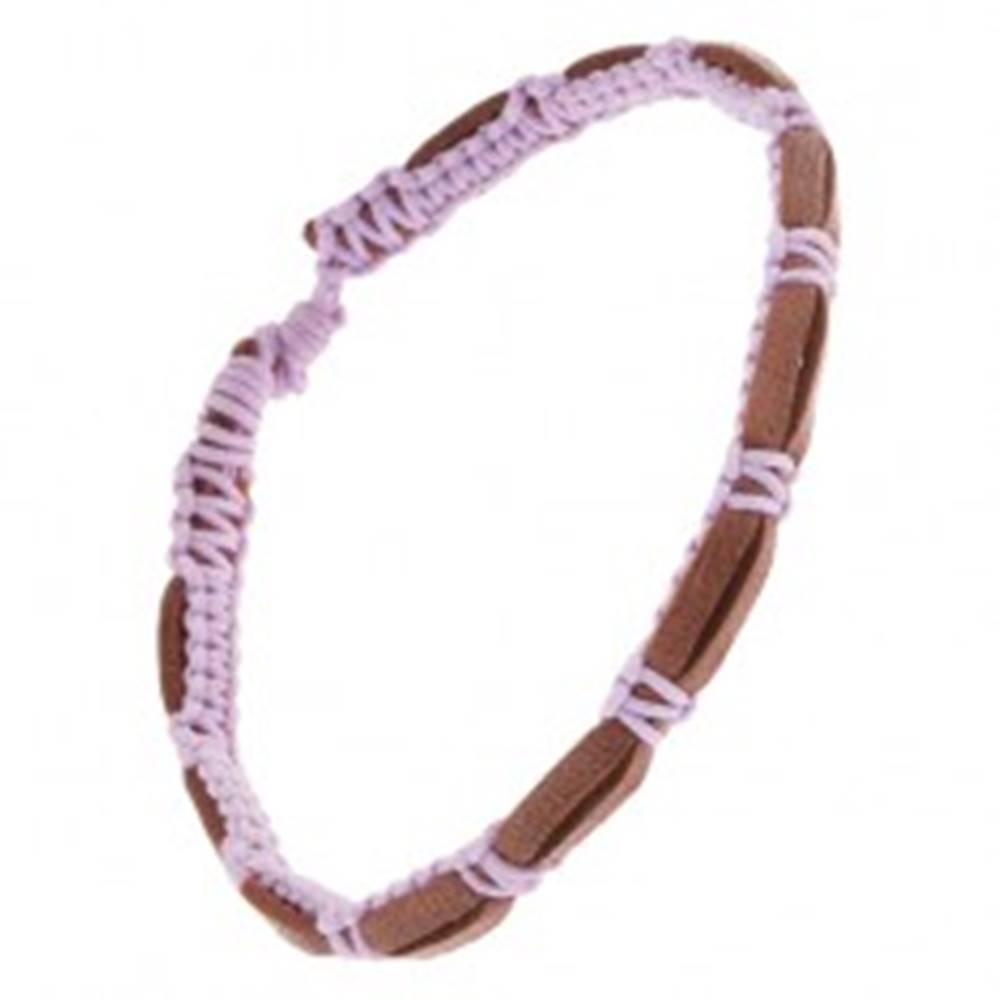 Šperky eshop Tmavohnedý kožený náramok s fialovou zapletanou šnúrkou