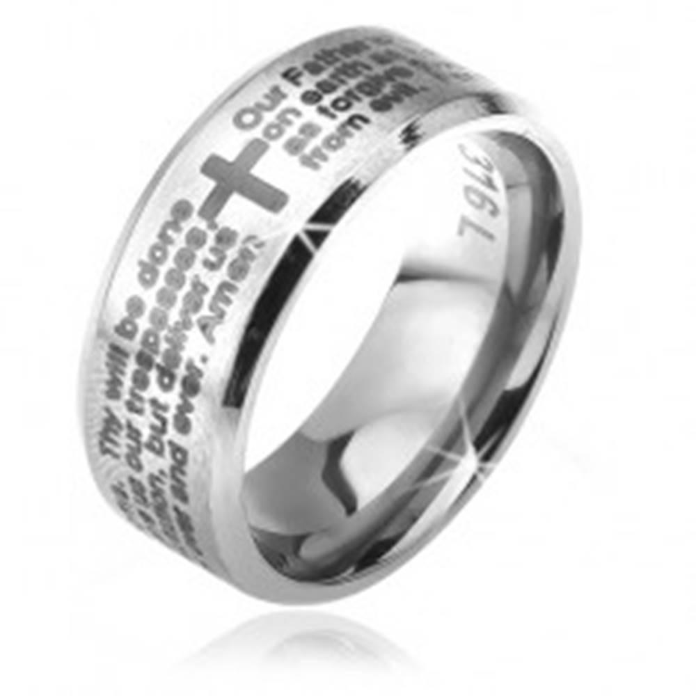 Šperky eshop Prsteň z chirurgickej ocele - strieborná farba, skosené okraje, modlitba Otčenáš - Veľkosť: 52 mm