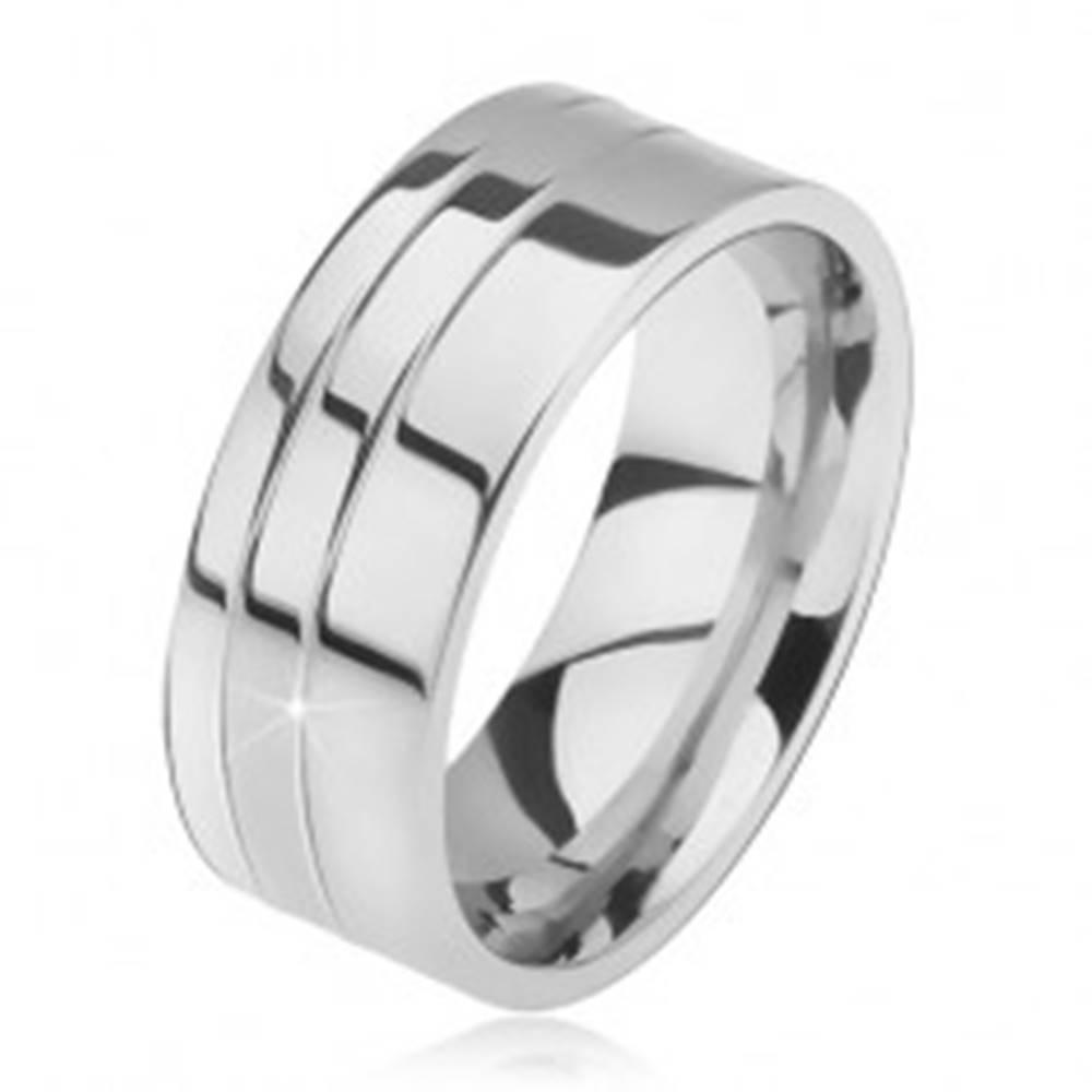Šperky eshop Prsteň z ocele, lesklý, rovný, dva zárezy pri okraji - Veľkosť: 57 mm