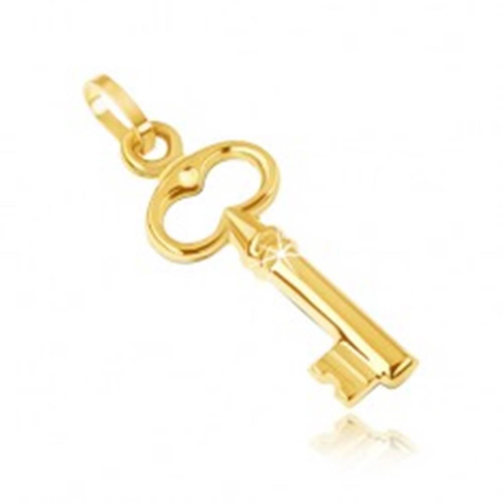 Šperky eshop Zlatý prívesok 585 - malý trblietavý kľúčik, vyrezávaný ovál navrchu