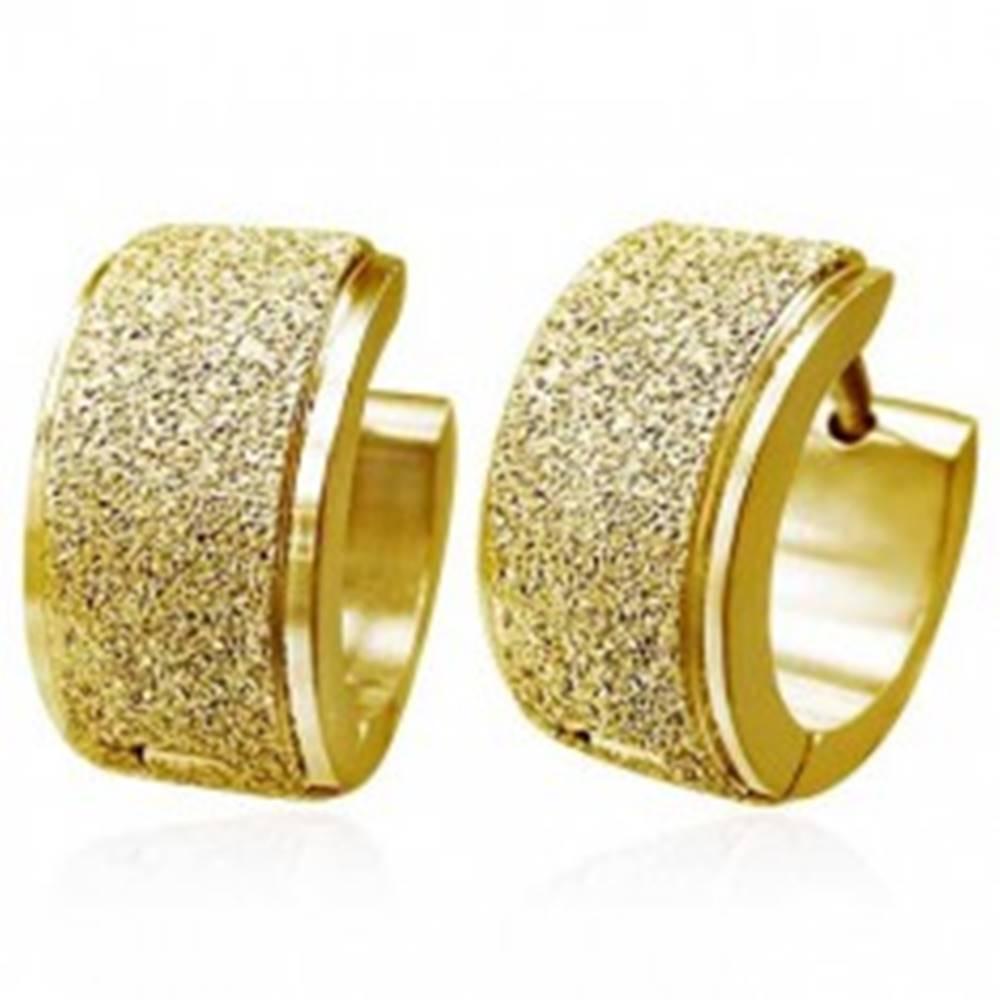 Šperky eshop Okrúhle náušnice z ocele - široký pieskovaný pás, zlatá farba