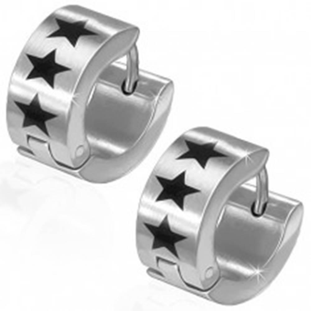Šperky eshop Okrúhle oceľové náušnice, tri čierne hviezdy