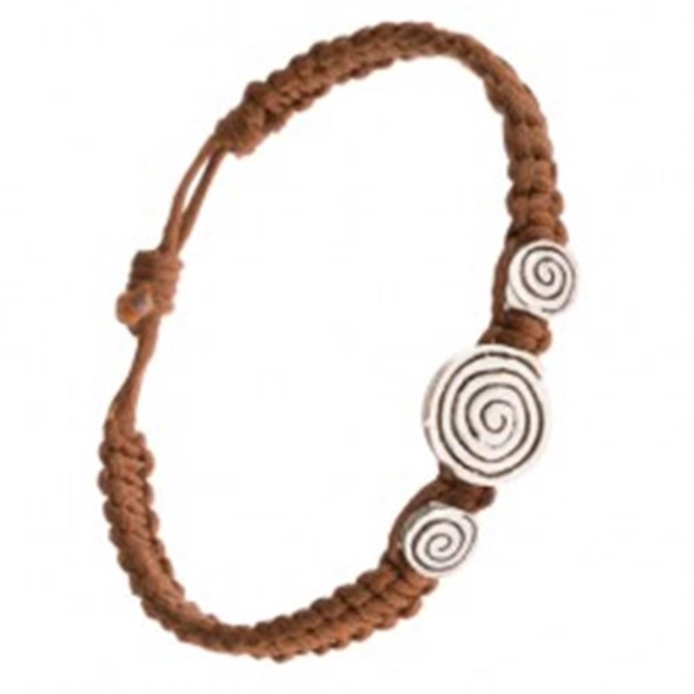 Šperky eshop Orieškovohnedý pletený náramok, tri známky so špirálou