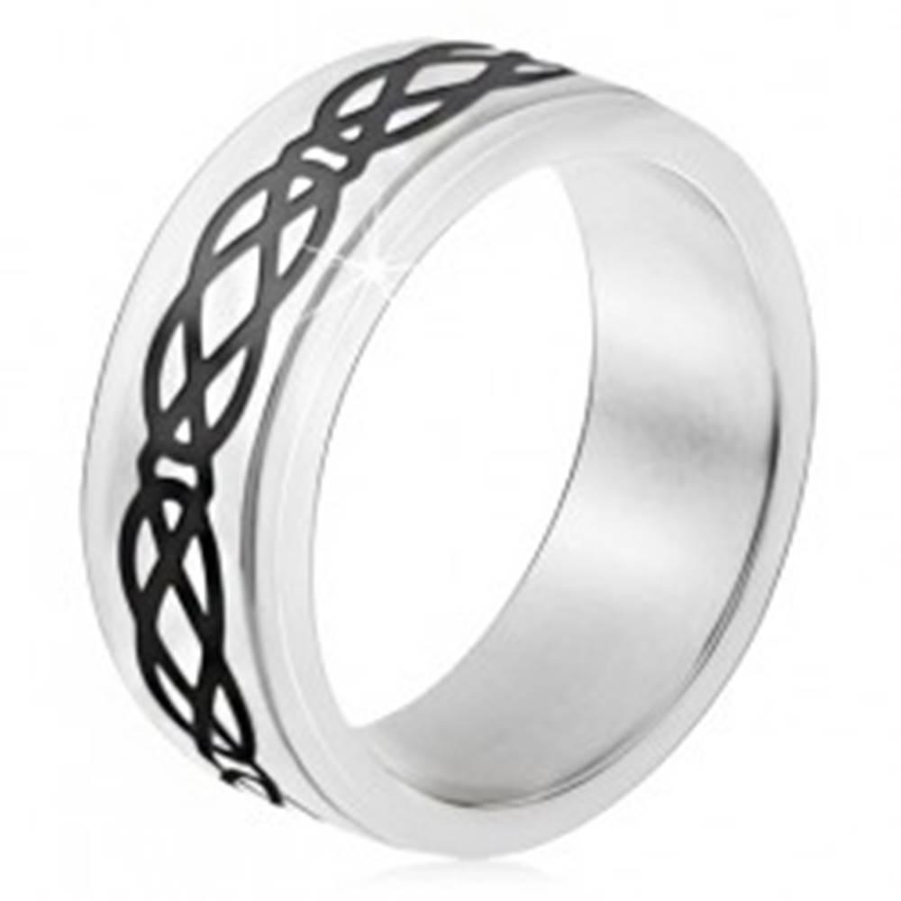 Šperky eshop Oceľový prsteň, vyvýšený pás, motív sĺz a kosoštvorcov, hrubé línie - Veľkosť: 51 mm