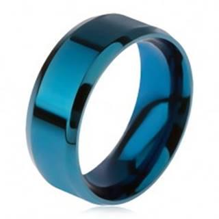 Lesklý oceľový prsteň modrej farby, skosené okraje - Veľkosť: 56 mm