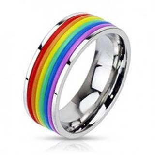 Lesklý oceľový prsteň s gumenými pásikmi vo farbách dúhy - Veľkosť: 49 mm