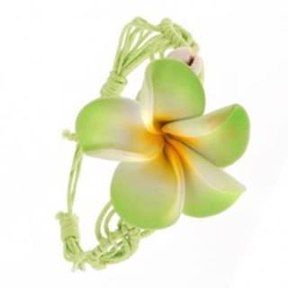 Svetlozelený pletený šnúrkový náramok s kvetom, dve lastúry