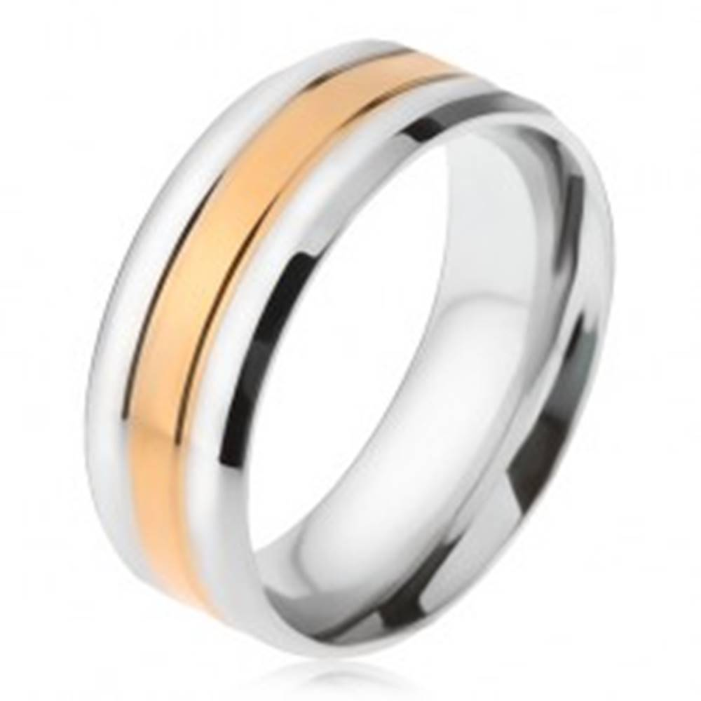 Šperky eshop Oceľový prsteň, pásy striebornej a zlatej farby, zošikmené okraje - Veľkosť: 56 mm