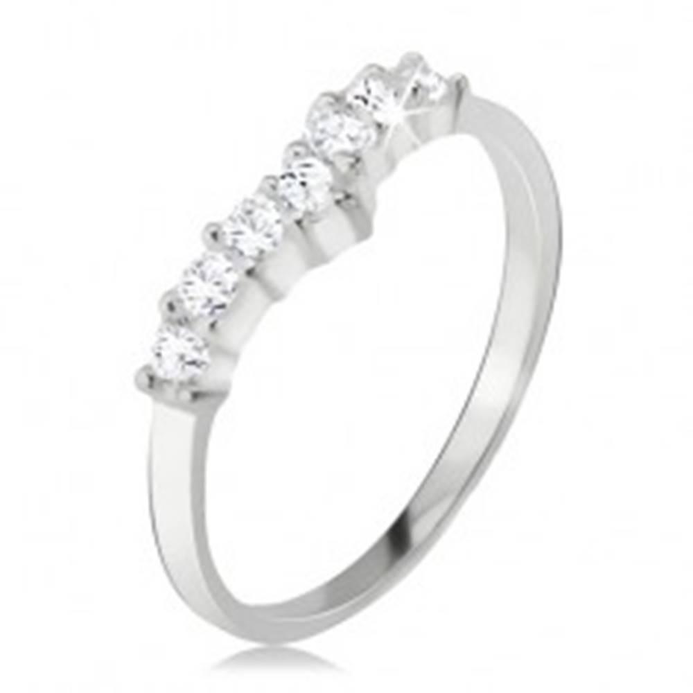 Šperky eshop Prsteň striebro 925, číry zirkónový špic, hladké ramená - Veľkosť: 49 mm