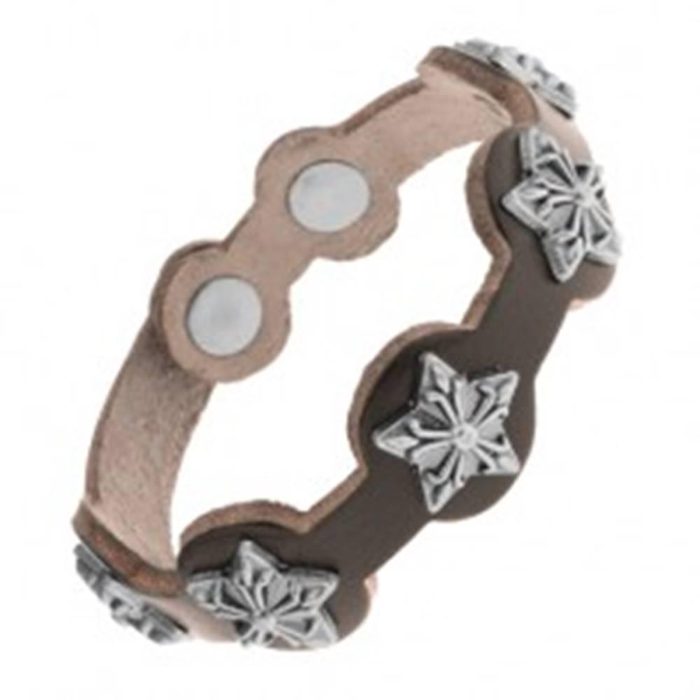 Šperky eshop Kožený náramok čiernej farby, matné patinované hviezdy z ocele
