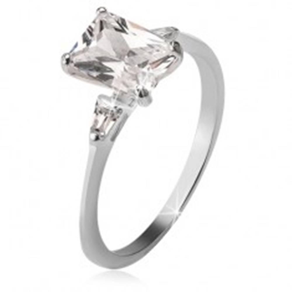 Šperky eshop Strieborný prsteň 925, obdĺžnikový a dva trojuholníkové kamienky - Veľkosť: 49 mm
