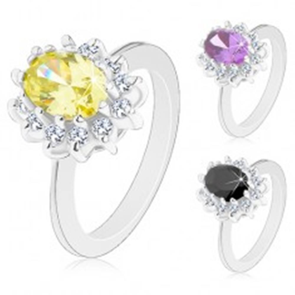 Šperky eshop Prsteň striebornej farby, žiarivý kvietok s farebným oválnym stredom - Veľkosť: 50 mm, Farba: Žltá