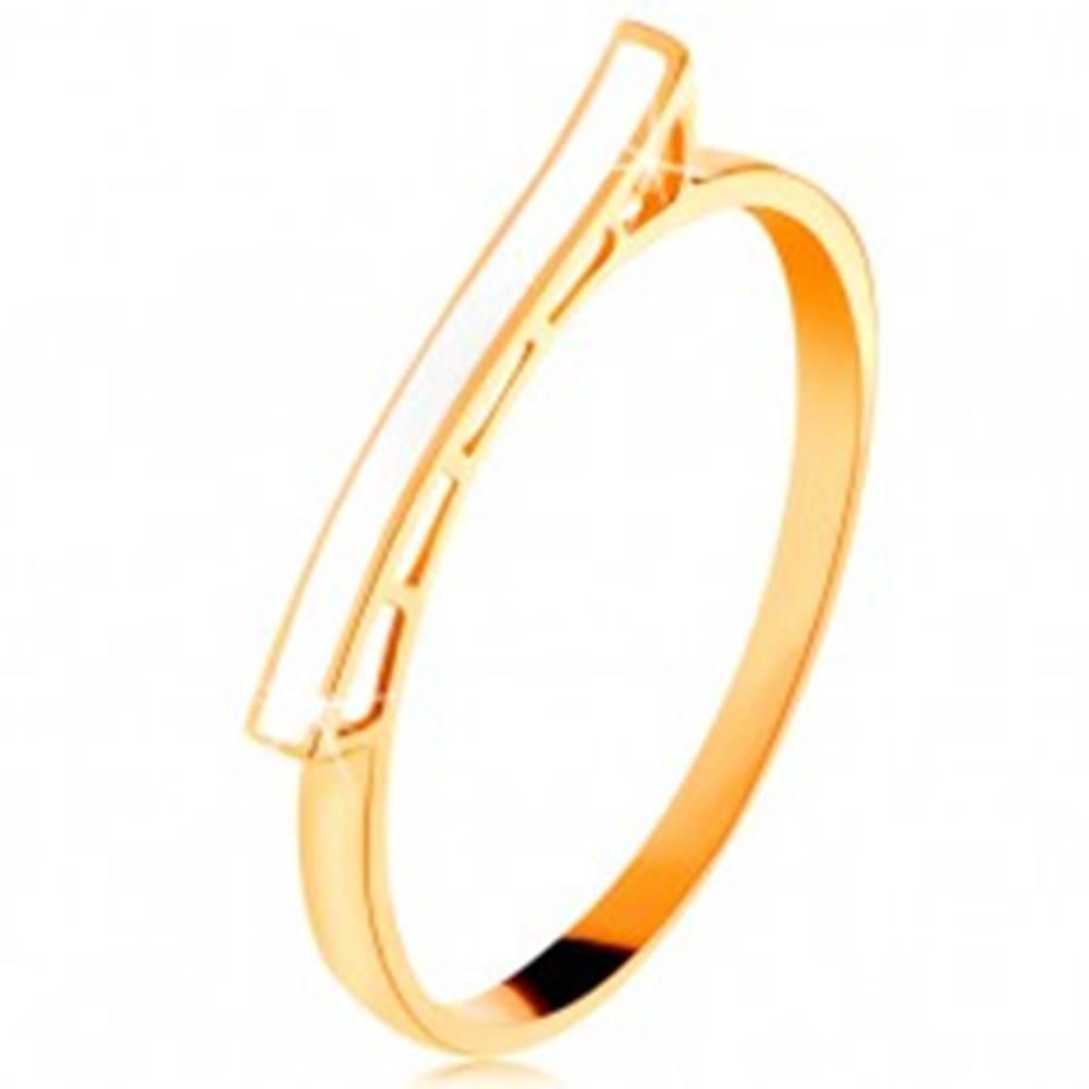 Šperky eshop Prsteň zo žltého 14K zlata - biela glazúrovaná vlnka, lesklé ramená - Veľkosť: 49 mm