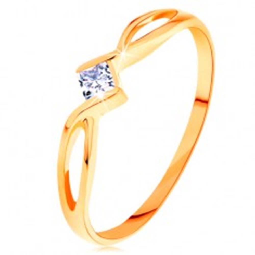 Šperky eshop Zlatý prsteň 585 - prepletené rozdvojené ramená, číry zirkónový štvorček - Veľkosť: 49 mm