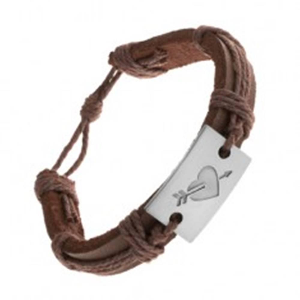 Šperky eshop Tmavohnedý kožený náramok so šnúrkami, obdĺžnik s vyrytým srdcom a šípom