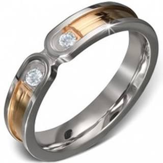 Oceľový prsteň - pruh zlatej farby s lemom striebornej farby, dva číre zirkóny - Veľkosť: 50 mm
