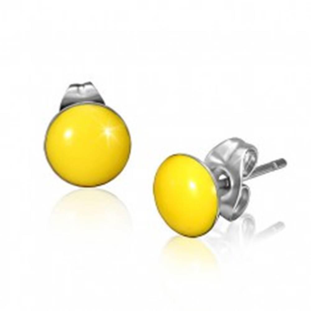 Šperky eshop Oceľové náušnice so žltými vypuklými kruhmi a puzetkami