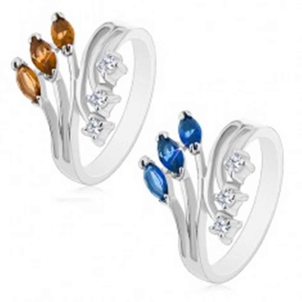 Šperky eshop Prsteň striebornej farby s rozvetvenými ramenami, číre a farebné zirkóny - Veľkosť: 58 mm, Farba: Hnedá