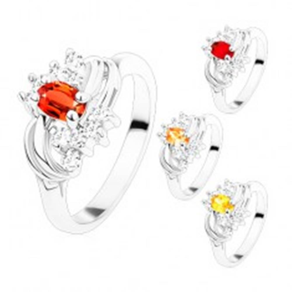 Šperky eshop Prsteň v striebornom odtieni s hladkými lesklými oblúkmi, farebné a číre zirkóny - Veľkosť: 49 mm, Farba: Svetlooranžová