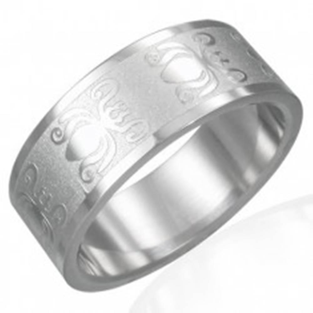 Šperky eshop Prsteň z ocele 316L s lesklo-matným povrchom - motív chrobákov, 8 mm - Veľkosť: 54 mm