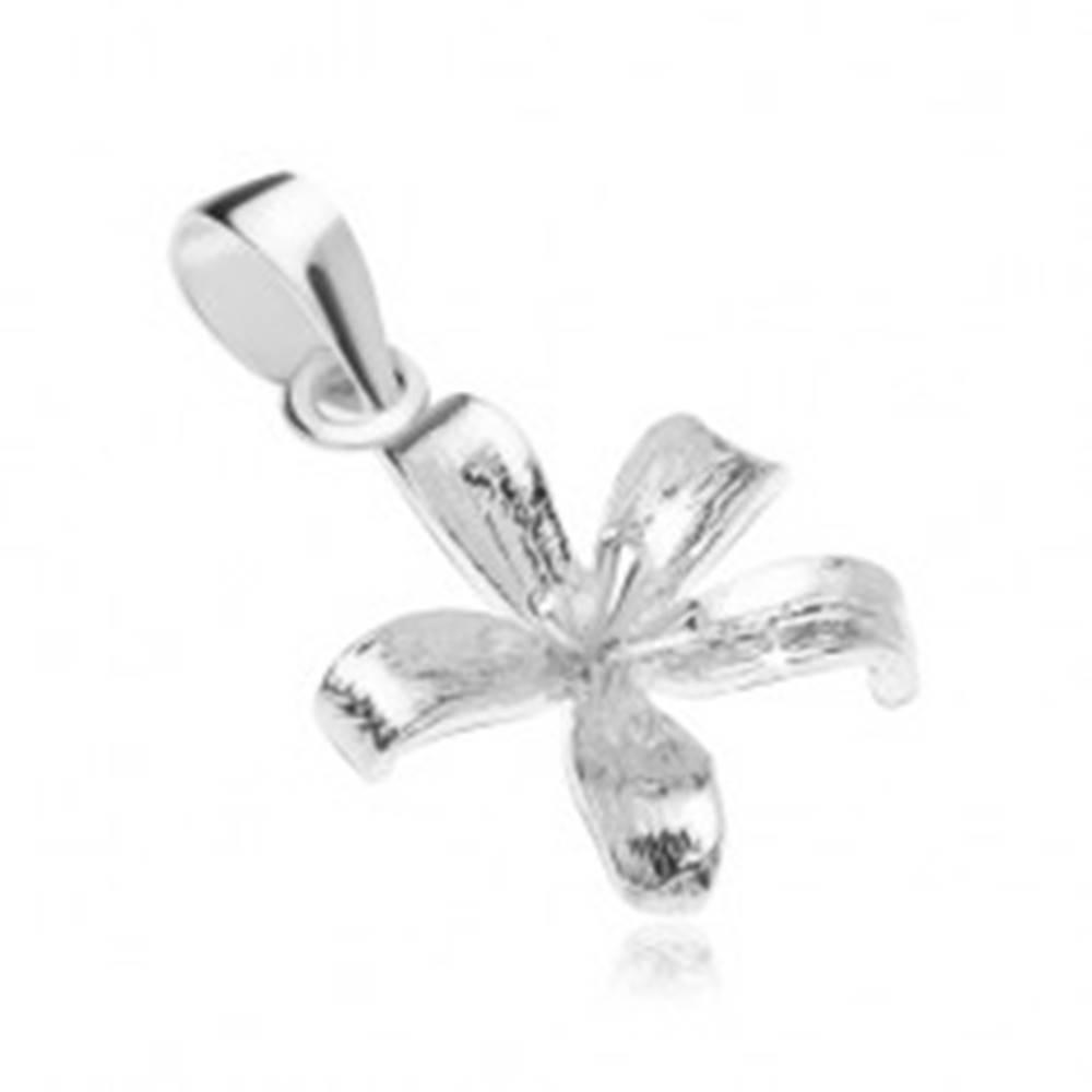 Šperky eshop Strieborný 925 prívesok, rozkvitnutý kvet ľalie