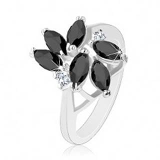 Prsteň zdobený brúsenými zrnkami čiernej farby, dva okrúhle číre zirkóny - Veľkosť: 49 mm