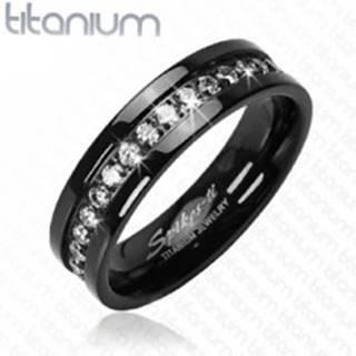 Titánový prsteň čierny so vsadenými zirkónmi po obvode - Veľkosť: 52 mm