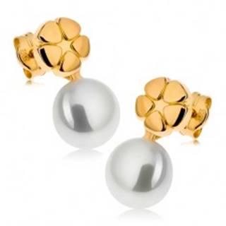 Náušnice zo žltého 9K zlata, lesklý gravírovaný kvet, biela perla