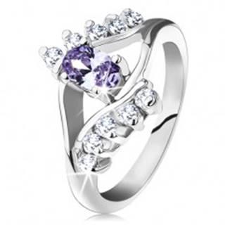 Prsteň v striebornej farbe, svetlofialový oválny zirkón, číre zirkónové línie - Veľkosť: 49 mm