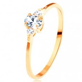 Zlatý prsteň 585 - číry oválny zirkón, malé zirkóniky po stranách - Veľkosť: 49 mm