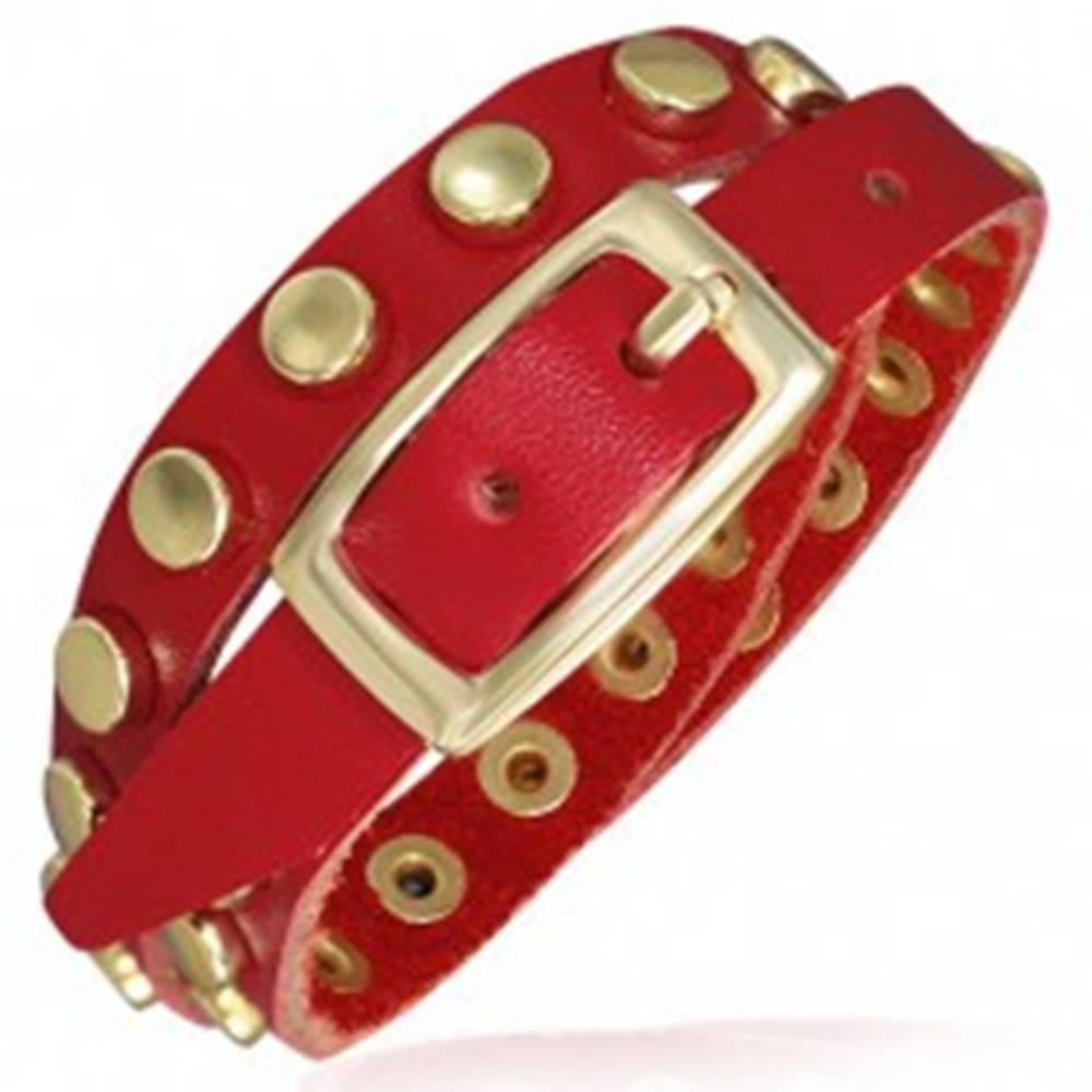 Šperky eshop Červený kožený náramok - pásik s nitmi zlatej farby
