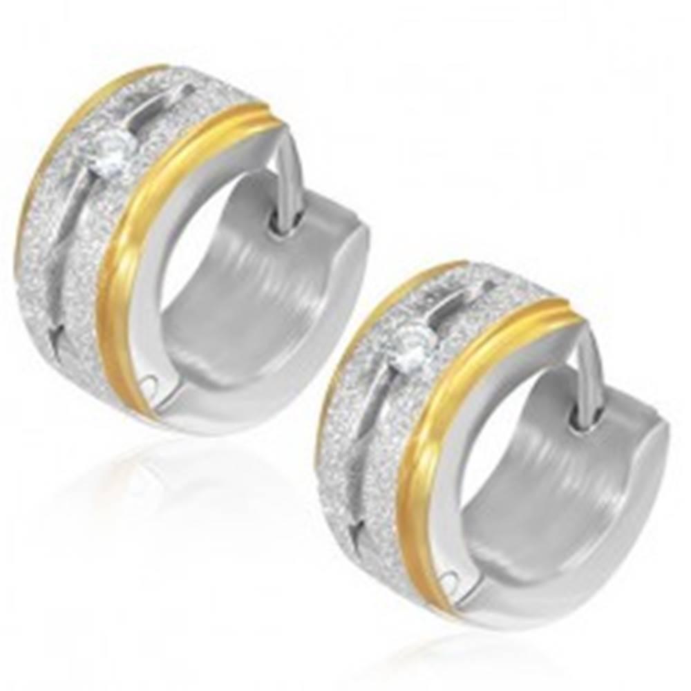 Šperky eshop Okrúhle pieskované náušnice z ocele so zirkónom, okraje zlatej farby