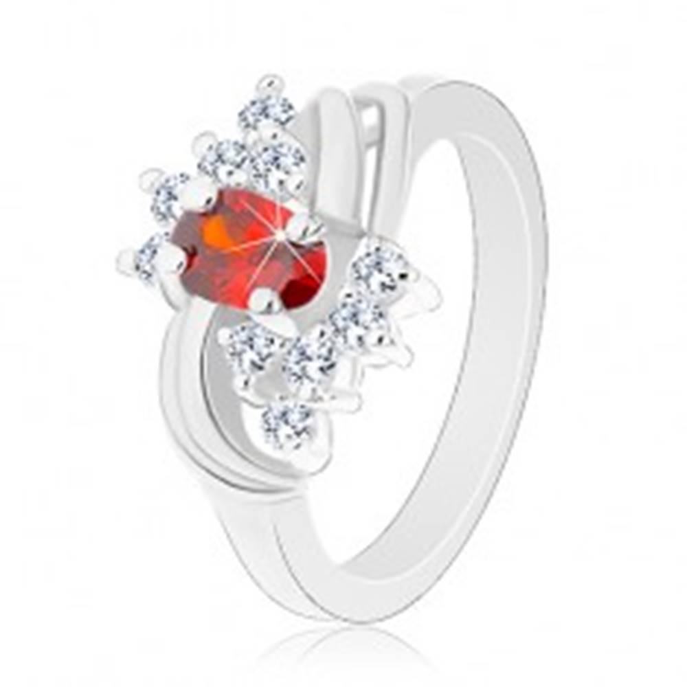 Šperky eshop Prsteň v striebornom odtieni, oranžový ovál, číre zirkóniky, lesklé oblúky - Veľkosť: 49 mm