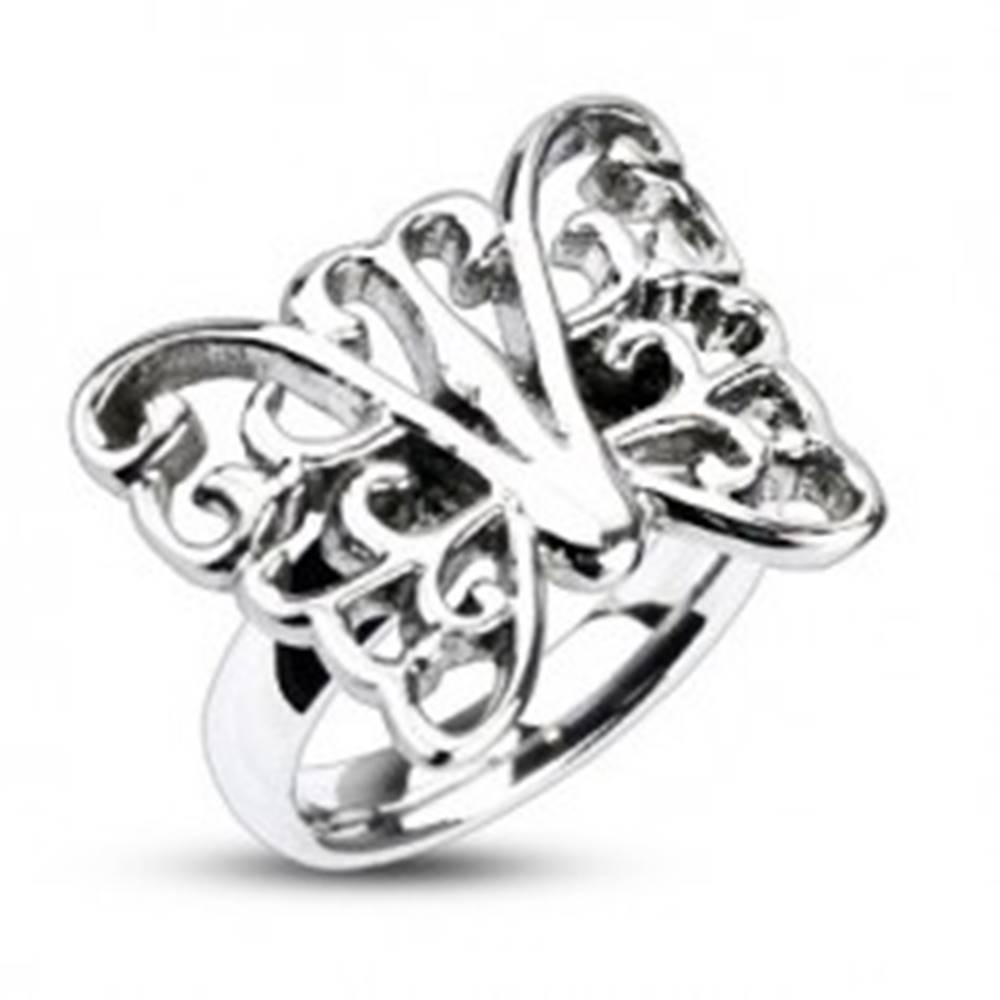 Šperky eshop Prsteň z ocele - veľký zdobený motýľ - Veľkosť: 49 mm