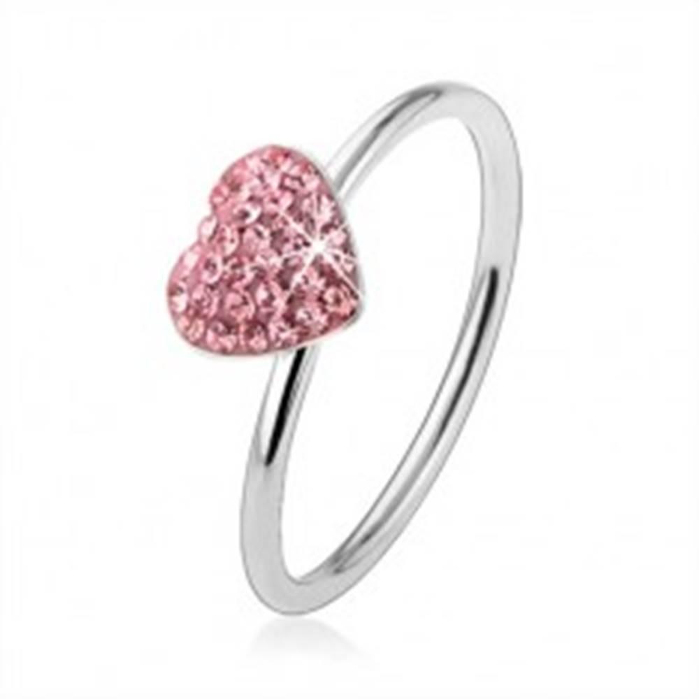 Šperky eshop Strieborný prsteň 925 so svetloružovým zirkónovým srdcom - Veľkosť: 48 mm