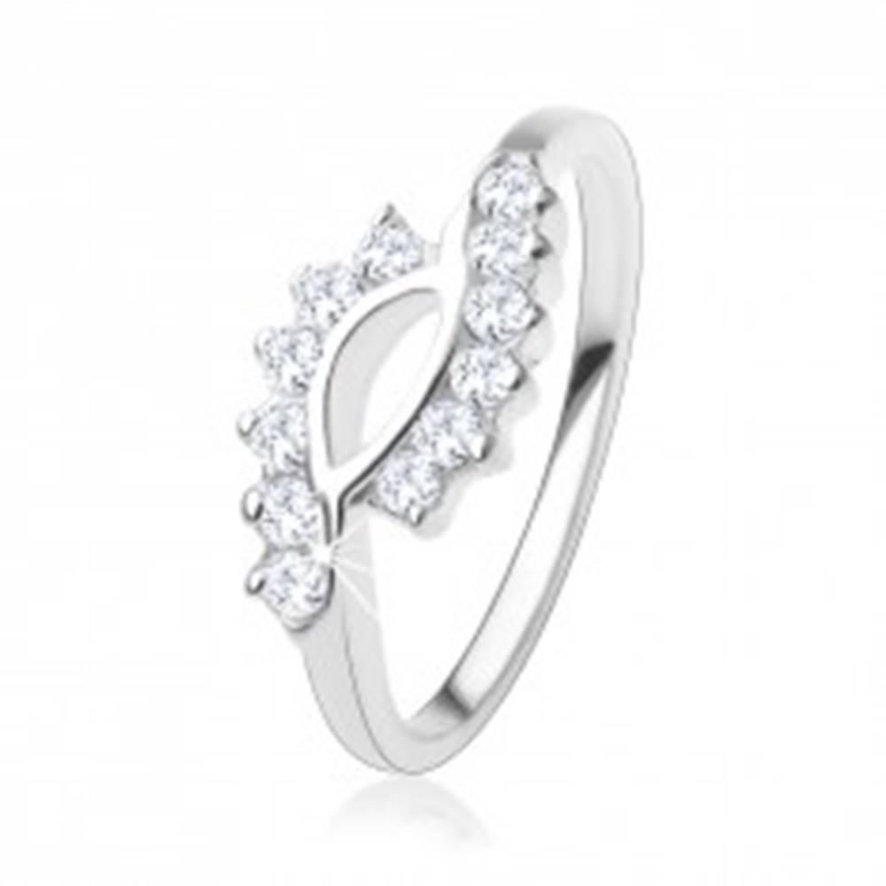 Šperky eshop Zásnubný prsteň zo striebra 925, zvlnené konce ramien, číre zirkóny - Veľkosť: 49 mm