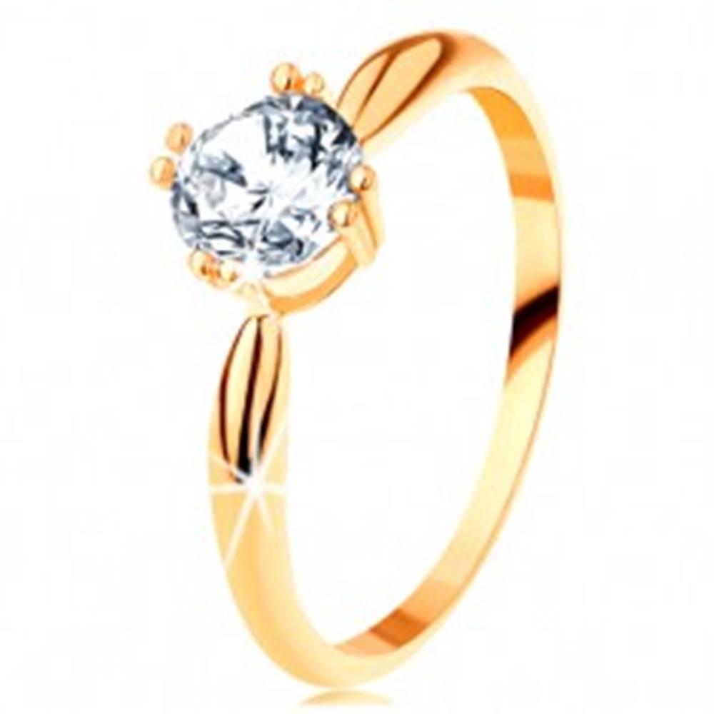 Šperky eshop Zlatý zásnubný prsteň 585 - zaoblené ramená, žiarivý okrúhly zirkón čírej farby - Veľkosť: 50 mm