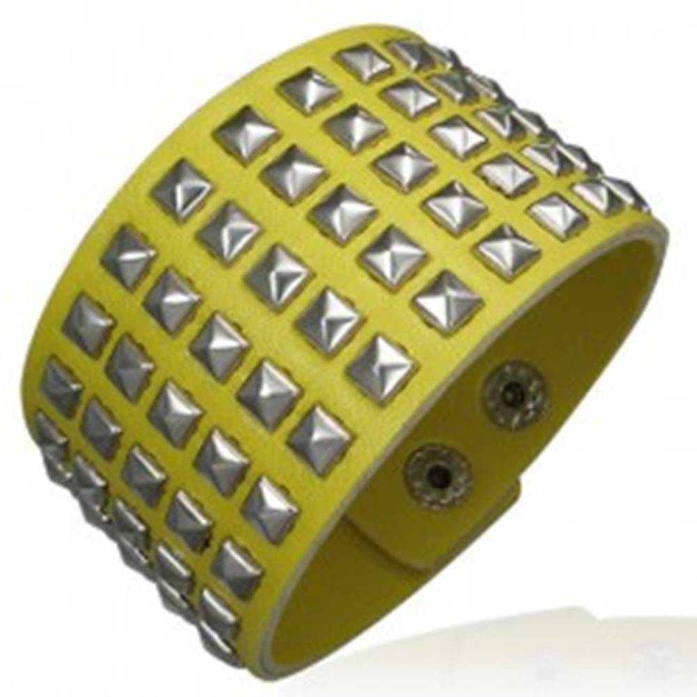 Šperky eshop Žltý koženkový náramok - vybíjaný