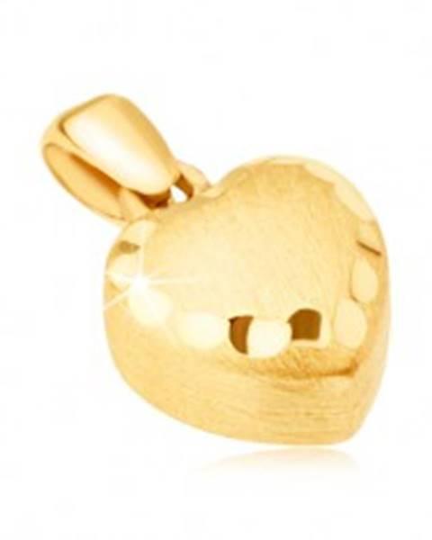 Šperky eshop Zlatý prívesok 585 - pravidelné 3D srdce, saténový povrch, ozdobné ryhy