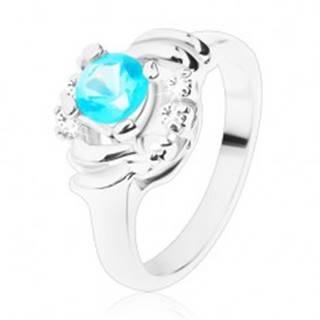 Ligotavý prsteň s čírymi oblúčikmi, svetlomodrý okrúhly zirkón, polmesiačiky - Veľkosť: 49 mm