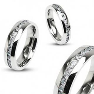 Oceľový prsteň striebornej farby, stredová línia čírych zirkónov - Veľkosť: 49 mm