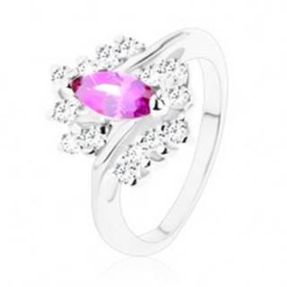 Prsteň v striebornom odtieni s ametystovo fialovým zrnom, číre zirkóny - Veľkosť: 51 mm