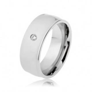 Prsteň z ocele 316L, strieborná farba, lesk, vyvýšené okraje, číry zirkón - Veľkosť: 57 mm