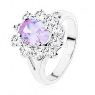 Trblietavý prsteň s rozdelenými ramenami, brúsené zirkóny vo svetlofialovej a čírej farbe - Veľkosť: 49 mm