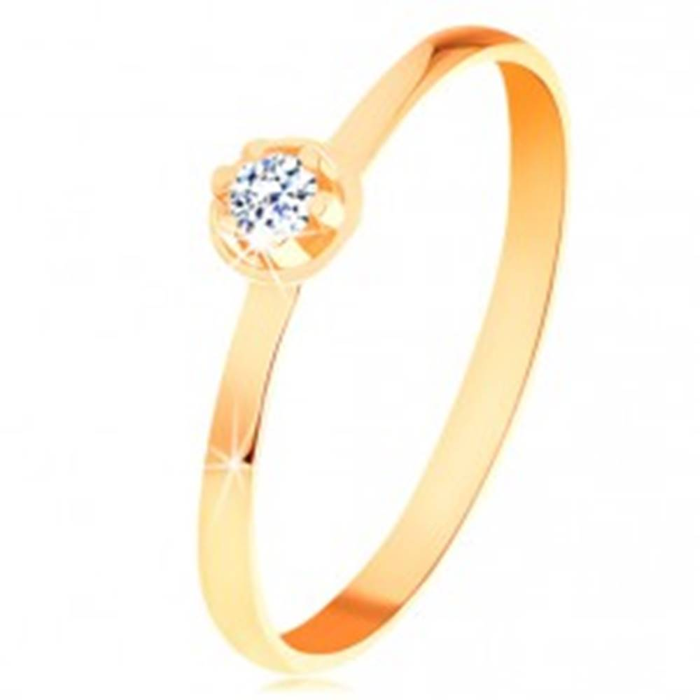 Šperky eshop Prsteň v žltom 14K zlate - číry diamant vo vyvýšenom okrúhlom kotlíku - Veľkosť: 49 mm