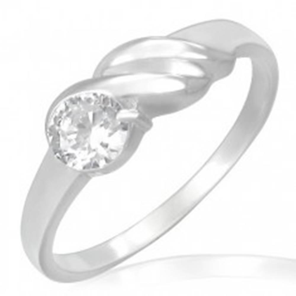 Šperky eshop Zásnubný prsteň z ocele - trblietavý zirkón, vlnky - Veľkosť: 49 mm