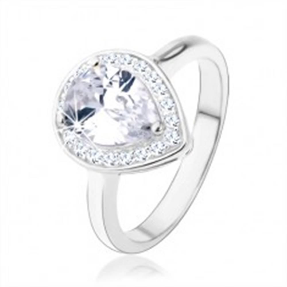 Šperky eshop Strieborný 925 prsteň, číra kvapka - zirkón, trblietavý lem, výrezy - Veľkosť: 48 mm