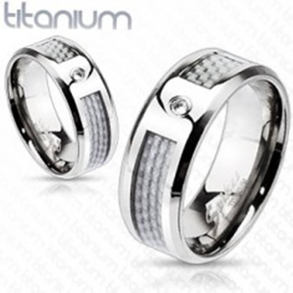 Šperky eshop Titánový prsteň - biely sieťovaný vzor so zirkónom - Veľkosť: 49 mm