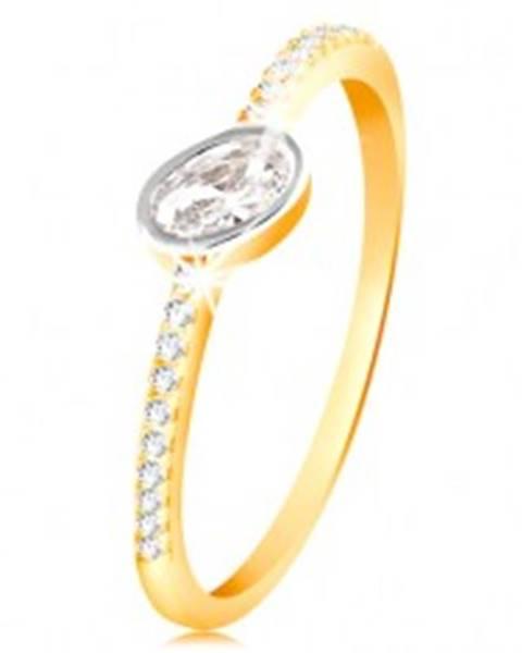 Šperky eshop Zlatý prsteň 585 - číry oválny zirkón v objímke z bieleho zlata, zirkónové línie - Veľkosť: 49 mm