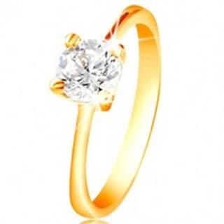 Prsteň zo žltého 14K zlata - ligotavý zirkón čírej farby vo vyvýšenom kotlíku - Veľkosť: 48 mm
